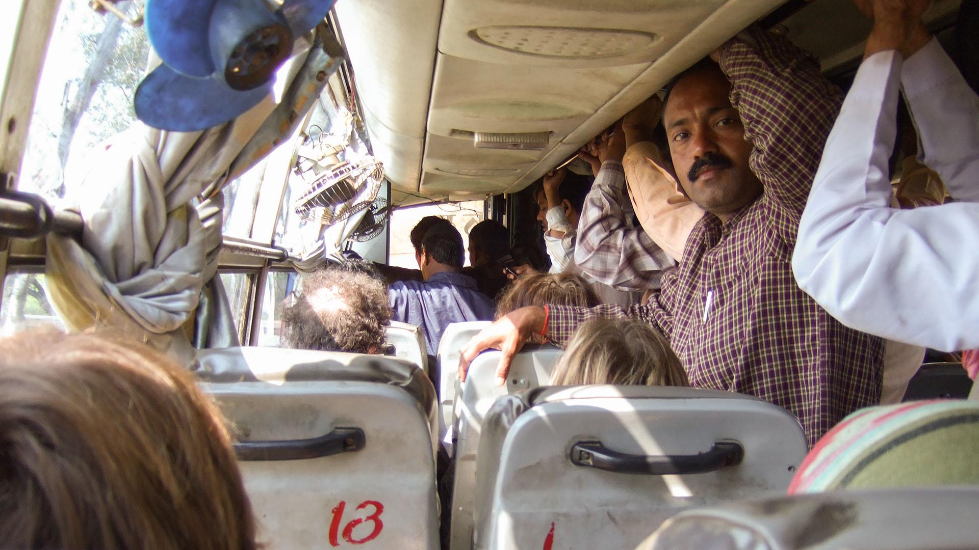 Jhansi otobüsü