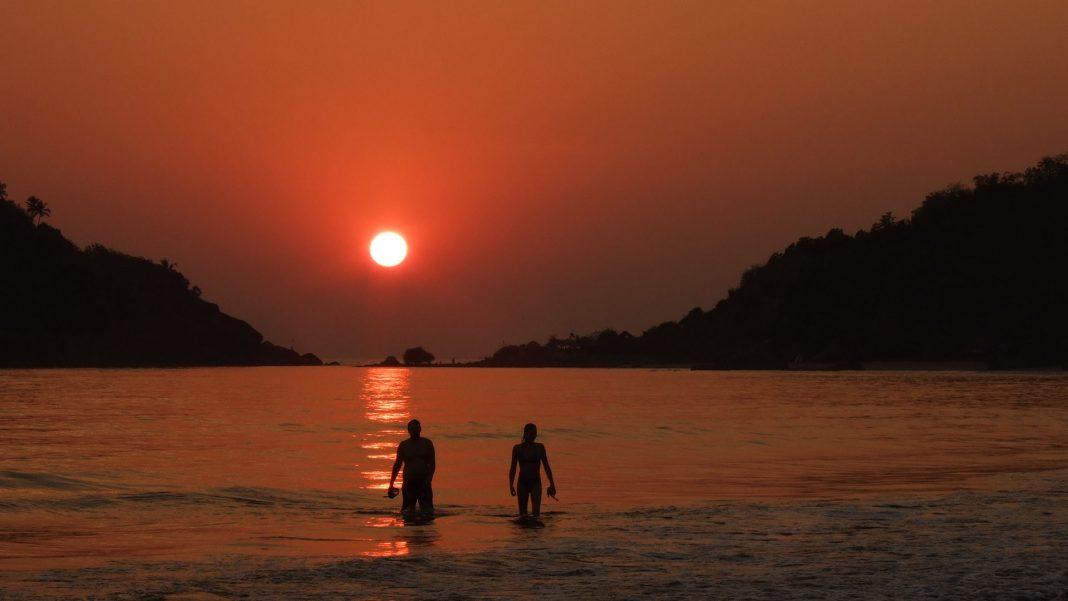 Palolem sahilinde güneş batıyor